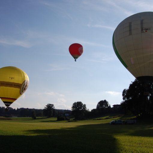 Ballone beim Start Oberbayern